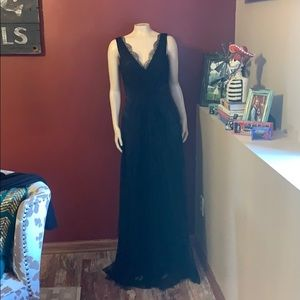 Elie Tahari Lace Formal Gown
